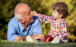 Cách chọn mua điều hòa cho gia đình có người già trẻ nhỏ